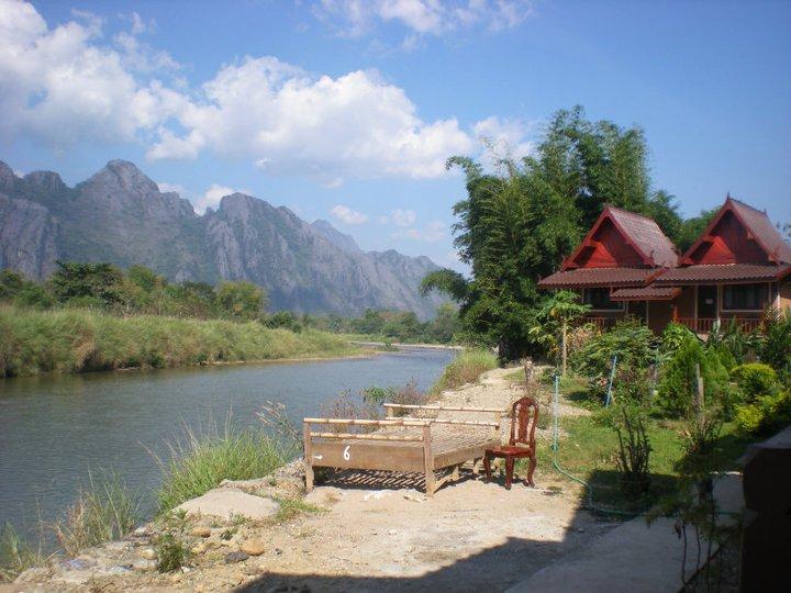 vang vieng laos namsong river